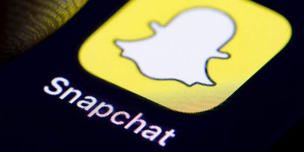 Snapchat rolls out new feature, struggles to hold new users